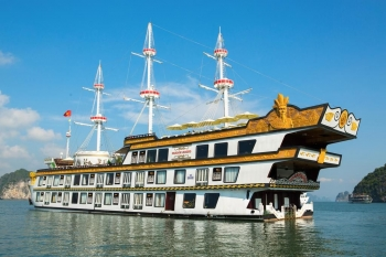 Cruise on Halong bay with deluxe boat