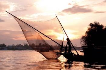 Cruise relaxation Phnompenh Saigon